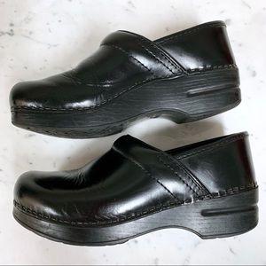 DANSKO Black Leather Professional Clogs Size 8